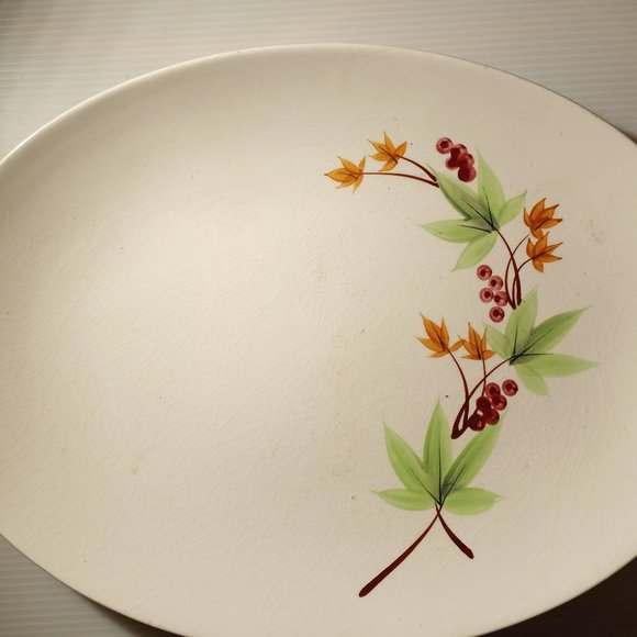 Vintage Oval Platter With Flower Decoration